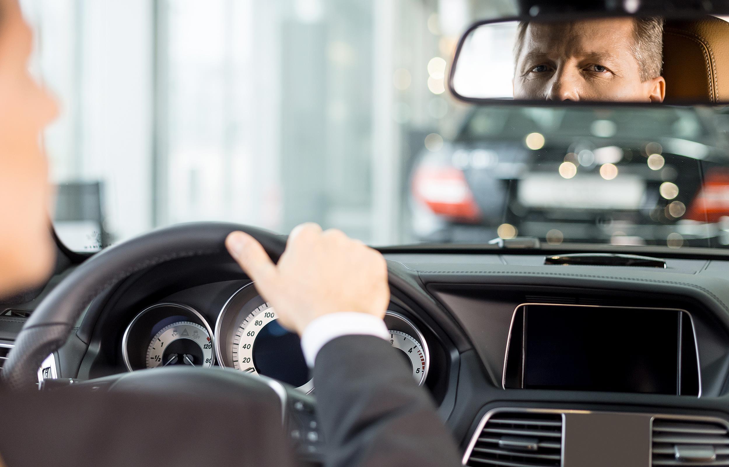 autonoleggio con autista milano
