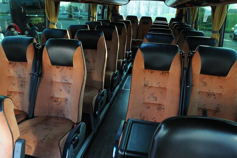 eurocarlimousine-flotta-bus-seats-24-30-2