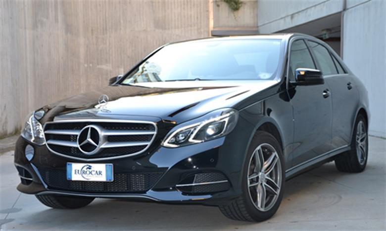 noleggio auto di lusso con conducente-mercedes-classe-E-03-1